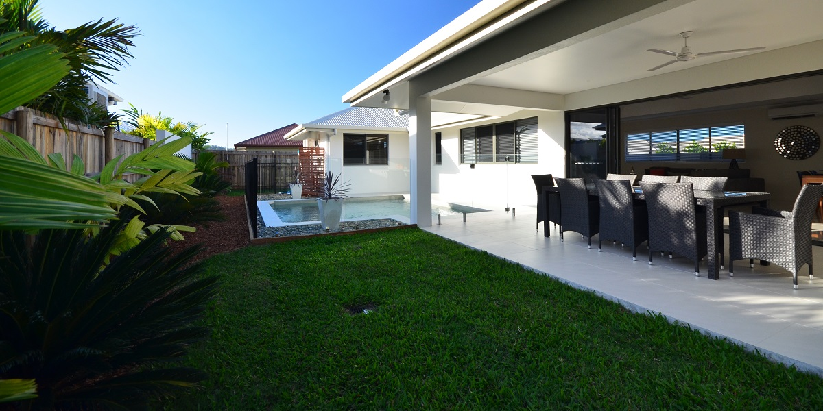 Buy house in cairns specialist in new build homes cairns for Home designs cairns