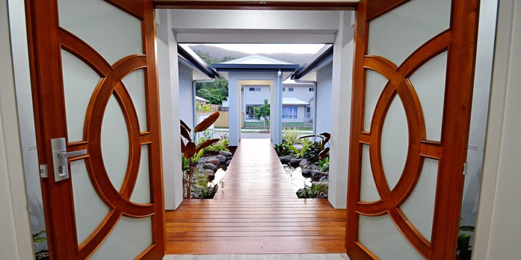 Canopies Edge entrance - Cairns Display Homes